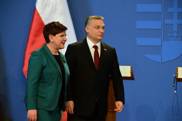 Szefowie rządów Polski i Węgier: Beata Szydło i Viktor Orban /AFP