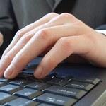 Szefowie ujawniają w internecie tajemnice firm