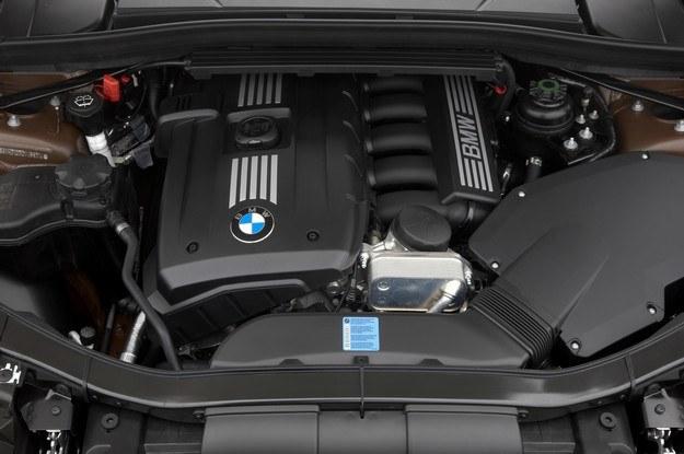 Sześciocylindrowy, trzylitrowy benzynowy silnik BMW /