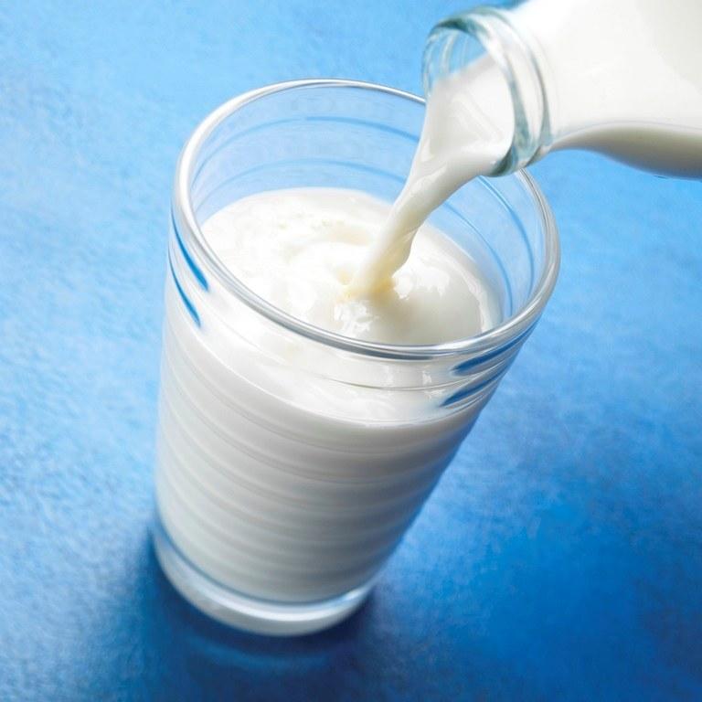 Szklanka mleka /© Photogenica