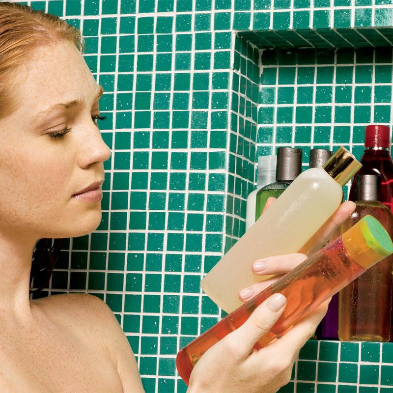 szkodliwość szamponu /© Photogenica