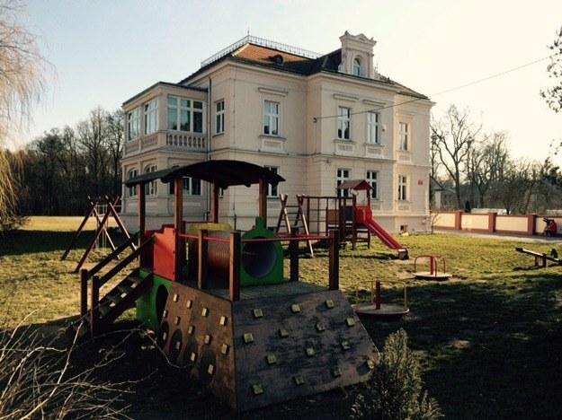 Szkoła podstawowa w Szczodrem na Dolnym Śląsku /Bartek Paulus /RMF FM