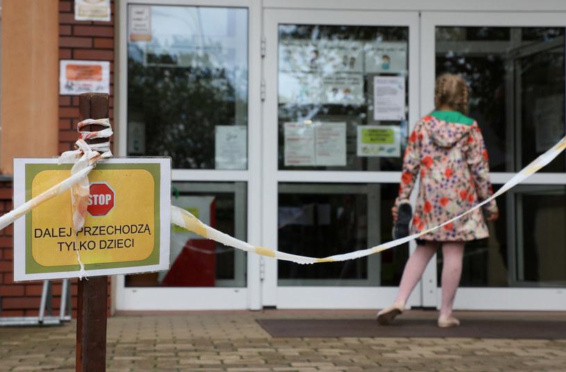 Szkoła w czasie epidemii; zdj. ilustracyjne /Piotr Molecki /East News