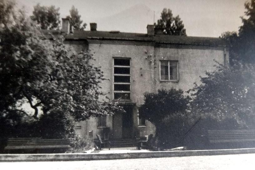 Szkoła w Mrozach w czasach II wojny światowej (archiwum Stefana Wysockiego) /INTERIA.PL