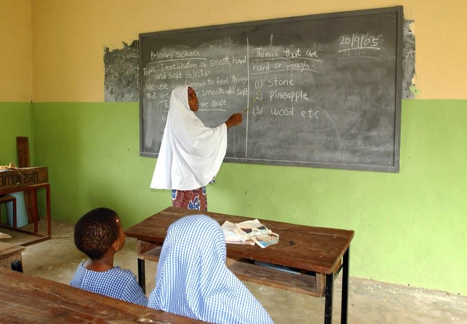 Szkoła w Nigerii (zdj. ilustracyjne) /DPA/A3445 Wolfgang Langenstrassen /PAP
