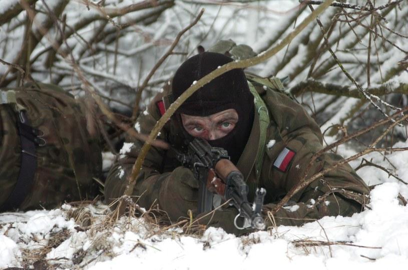 Szkolenia wojska w ramach zimowego poligonu /Hubert Bierndgarski /Reporter