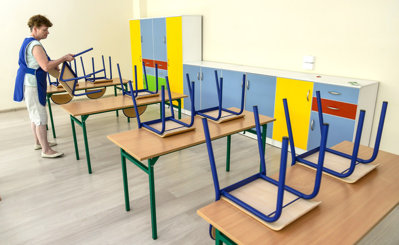 Szkoły będą nieczynne przez dwa tygodnie /PRZEMYSLAW SWIDERSKI / POLSKA PRESS/GALLO IMAGES /East News