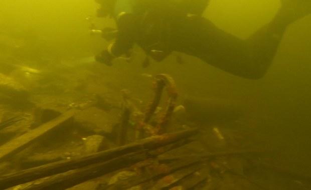 """Szokujące nagranie z dna jeziora Durowskiego. """"To może być śmiertelne zagrożenie"""""""
