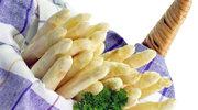 Szparagi w sosie ziołowym