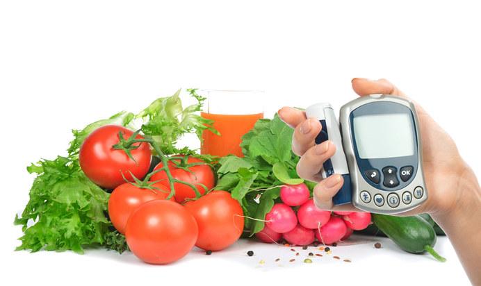 Szpinak a kontrola cukru w organizmie /© Photogenica