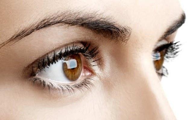 Szpinak chroni oczy /© Photogenica