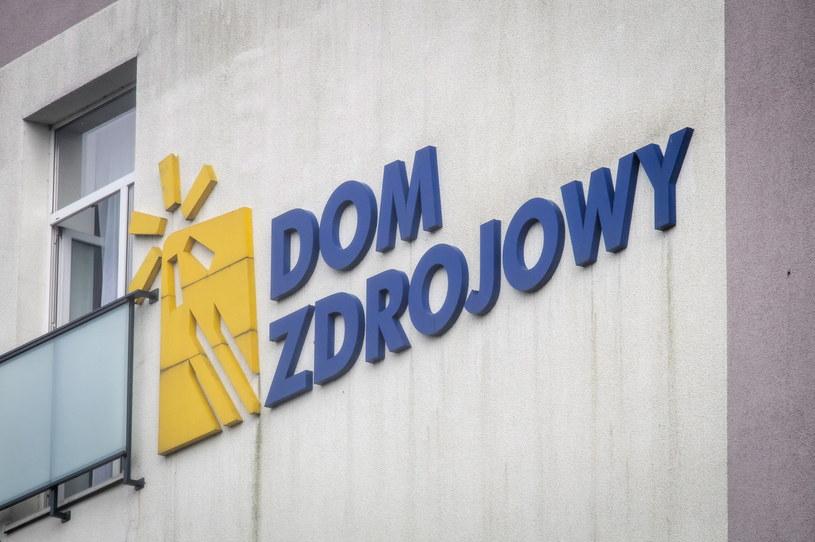 """Szpital Uzdrowiskowy nr IV - """"Dom Zdrojowy"""" w Ciechocinku. / Tytus Żmijewski    /PAP"""