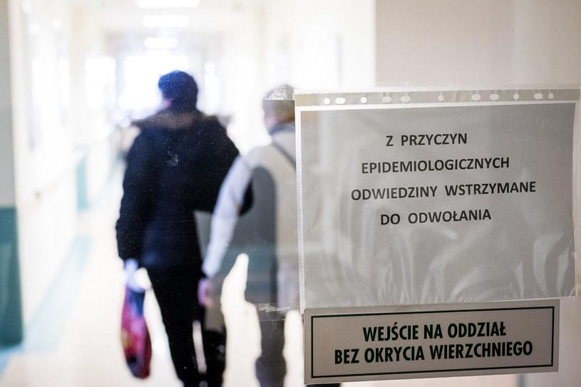 Szpital w Bydgoszczy reaguje na epidemię grypy /TOMASZ CZACHOROWSKI/POLSKA PRESS /East News