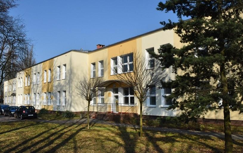"""Szpital, w którym znajduje się """"pacjent zero"""" /Tomasz Gawalkiewicz /Agencja FORUM"""