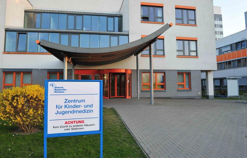 Szpital w mieście Friedland w Niemczech, gdzie przebadana została Maja z Wołczkowa. /Marcin Bielecki /PAP