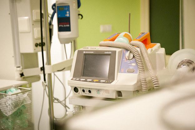 Szpitale wycofują się z nowych zasad leczenia nowotworów /RMF FM