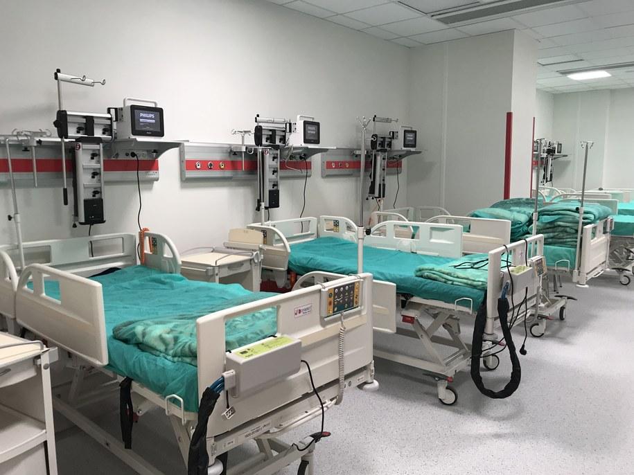 Szpitalny Oddział Ratunkowy w nowej siedzibie Szpitala Uniwersyteckiego w Krakowie /Marek Wiosło /Grafika RMF FM
