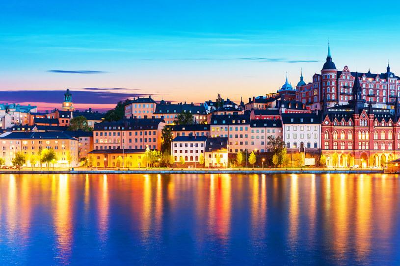 Sztokholm cechuje brak wysokich wieżowców w centrum, dzięki czemu miasto zachowało swój pierwotny charakter /123RF/PICSEL