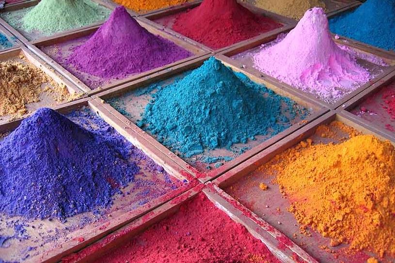 Sztuczne barwniki a ich wpływ na zdrowie człowieka /© Photogenica