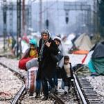 Szturm na greckie wyspy trwa