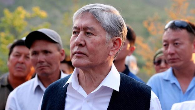 Szturm na rezydencję byłego prezydenta Kirgistanu. Doszło do strzelaniny