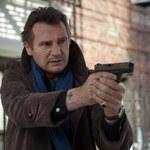 """Szuka zbawienia, a przyciąga same kłopoty! Liam Neeson w thrillerze """"Krocząc wśród cieni"""""""