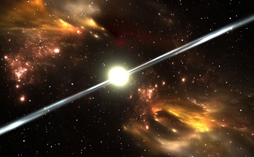 Szukając kosmitów na cel powinniśmy wziąć nietypowe, powtarzalne sygnały - jak z pulsarów /123RF/PICSEL