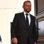 Szumowski podpisał podwyżki dla rezydentów. Kto dostanie więcej pieniędzy?