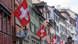 Szwajcaria: Zarobki wysokie jak Alpy