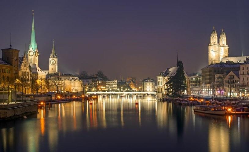Szwajcarzy chronią firmy przed upadłością. Na zdj. Zurich nocą /123RF/PICSEL