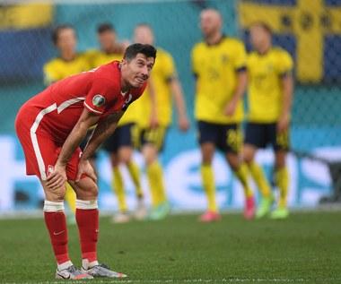 Szwecja - Polska. Robert Lewandowski: To boli i jeszcze poboli. Jako drużyna musimy coś zmienić