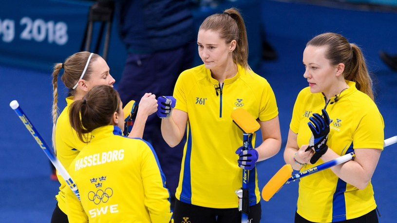 Szwedzkie reprezentantki w curlingu /Bildbyrån