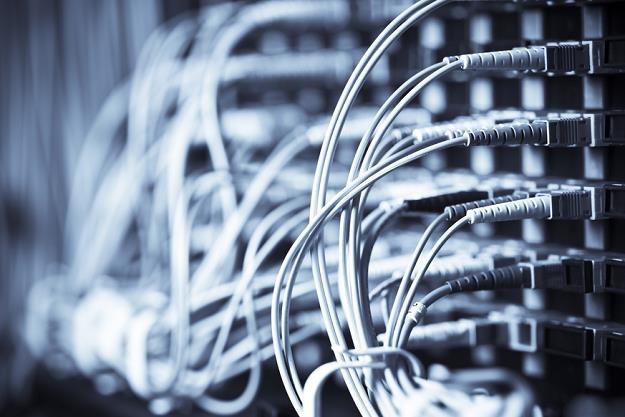 Szybki internet pomaga firmom rosnąć /poboczem.pl