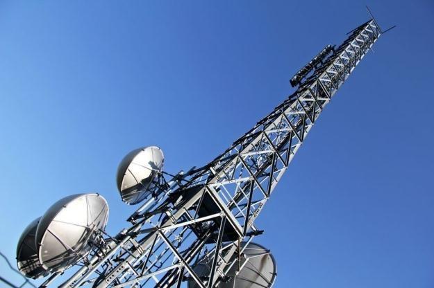 Szybki internet wyszedł z domowego zacisza na ulice miast /123RF/PICSEL