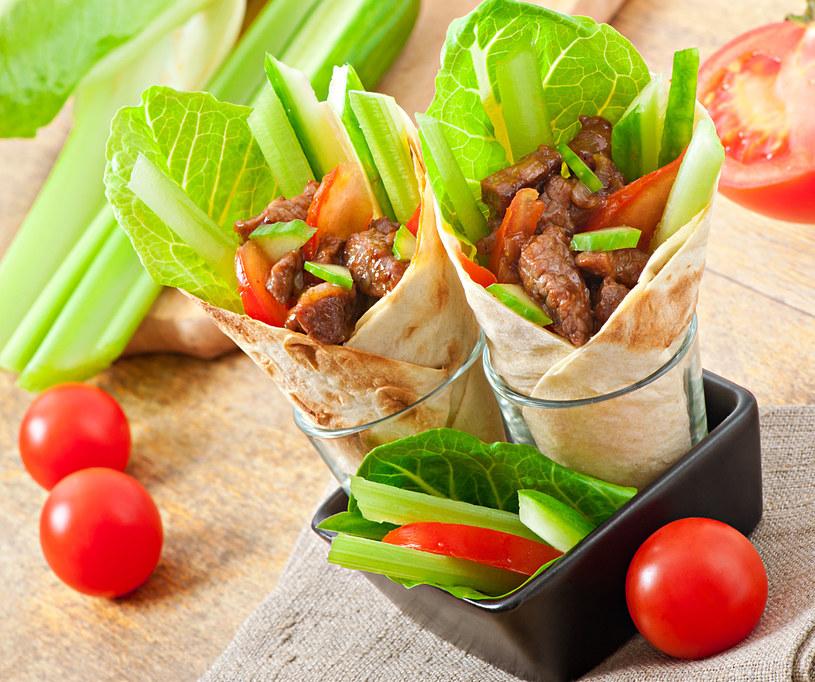 Szybkie i proste w przygotowaniu danie, które zasmakuje wszystkim gościom /123RF/PICSEL