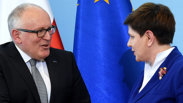 Szydło i Timmermans zgodni: Rozwiązanie konfliktu ws. TK tylko w Polsce. Konkretów brak