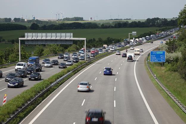 Szykują się podwyżki cen paliw w Niemczech... /©123RF/PICSEL