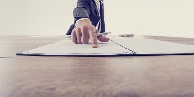 Szykuje się zmiana przepisów dotyczących wywłaszczonych nieruchomości /©123RF/PICSEL