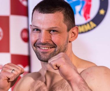 Szymon Kołecki pewnie pokonał Łukasza Łysoniewskiego na gali w Wieliczce