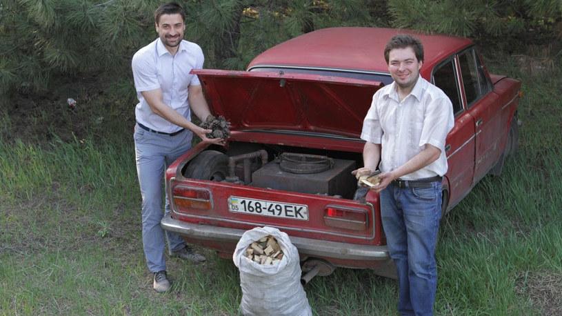 Szyszki, drewno, gałęzie - to żiguli pojedzie na czym popadnie! /archiwum prywatne