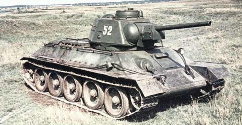 T-34/76. Rosjanie mieli ich w Odeskim OW znacznie więcej, niż Niemcy czołgów wszystkich typów razem wziętych /Wikimedia Commons /INTERIA.PL/materiały prasowe