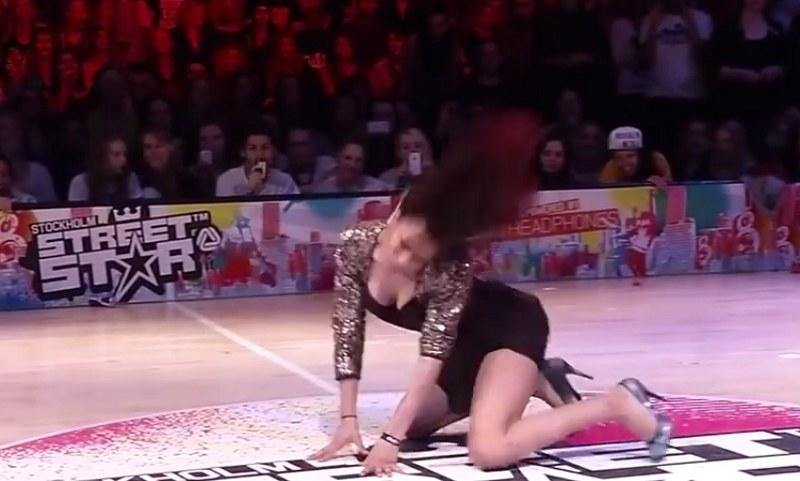 Ta dziewczyna to wulkan energii! /StalinHDTV /YouTube