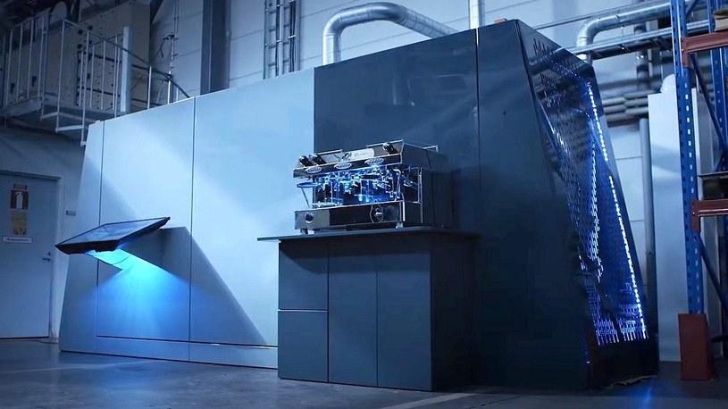 Ta eko-maszyna zmienia dwutlenek węgla w paliwo i walczy z globalnym ociepleniem [FILM] /Geekweek
