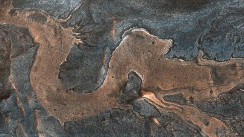 Ta formacja skalna przypomina kształtem smoka /materiały prasowe