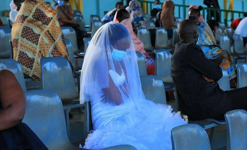 Ta panna młoda nie może nazwać swojego ślubu udanym /Facebook