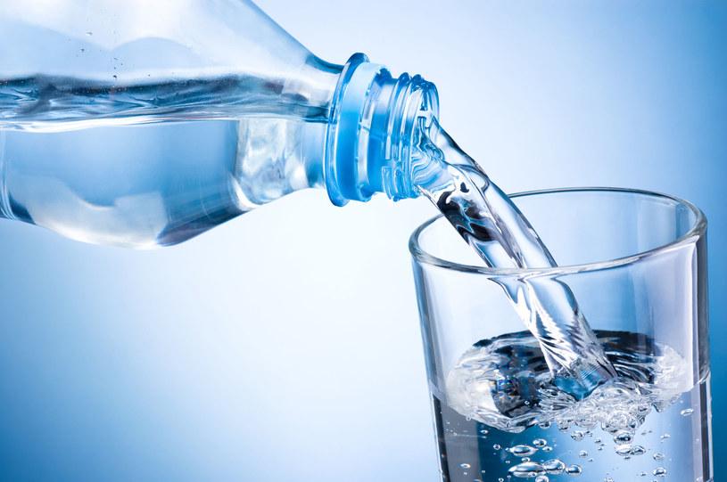 Ta woda jest najlepsza, którą pijesz najchętniej /123RF/PICSEL