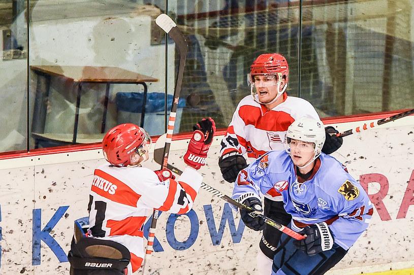 Taavi Tiala z Comarch Cracovii (drugi od lewej) /BORYS GOGULSKI / CYFRASPORT / NEWSPIX.PL /Newspix