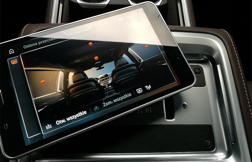 Tablet w BMW 750 Li /INTERIA.PL