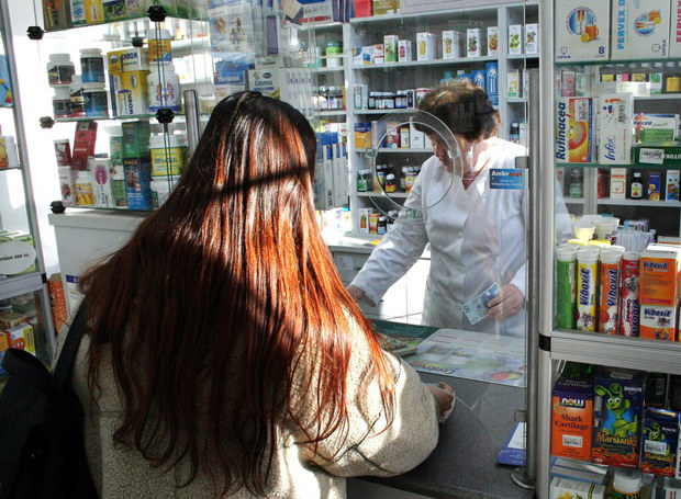 Tabletka ellaOne jest już dostępna bez recepty /Wojciech Olszanka /East News