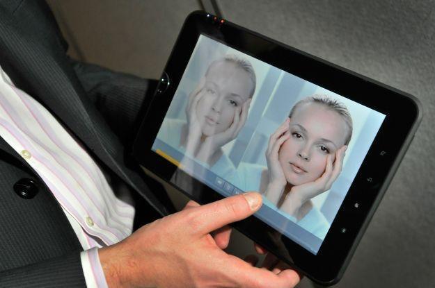 Tablety - w 2011 roku prawie każdy większy producent elektroniki będzie miał swój tablet /AFP